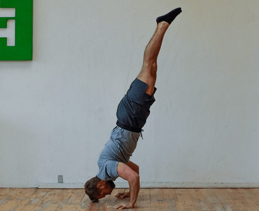 handstand push ups